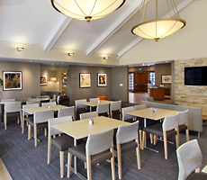 Homewood Suites by Hilton Newark Fremont hotel Dining Area